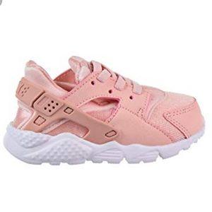 NEW Nike Huarache Run toddler pink sneaker